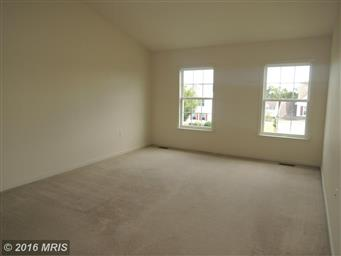 512 Larkspur Lane Photo #18