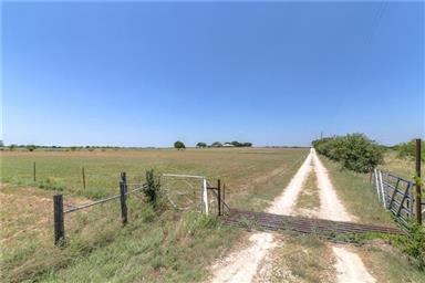 2826 County Road 2850 Photo #35
