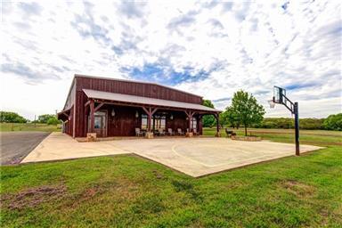 1026 County Road 365 Photo #31