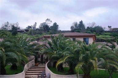 374 Spanish Garden Drive Photo #1