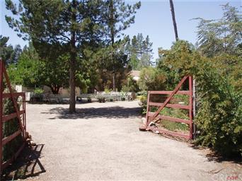 1016 Mesa Road Photo #2