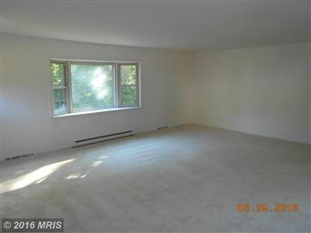 180 LAUREL DR Photo #13