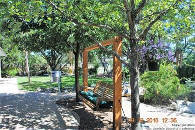 1819 Summit Ridge Drive Photo #3