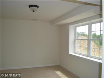 207 KANTER DR Photo #23