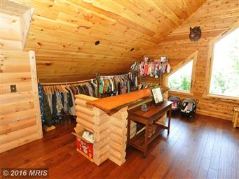 300 Waterberry Dr Photo #13