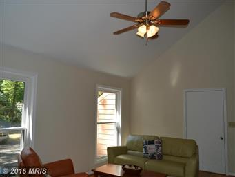 1505 Lakeview Parkway Photo #3