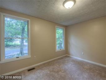 10454 Eisenhower Drive Photo #24