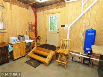 300 Waterberry Dr Photo #23