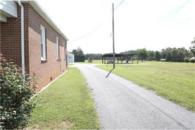 1338 Indian Oak Road Photo #3