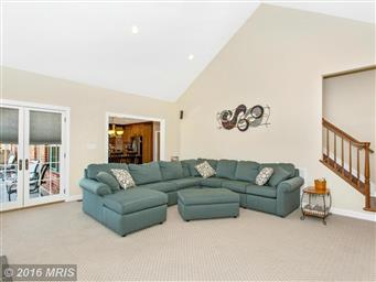 13728 Clear Spring Road Photo #15