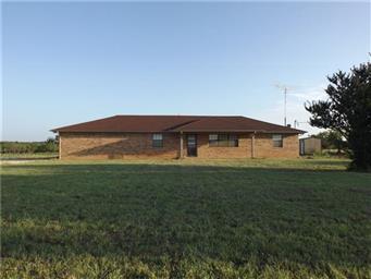 898 County Road 2435 Photo #3