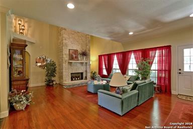 1833 Foothills Drive Photo #9