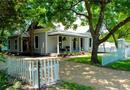 909 N Gaines Street, Ennis, TX 75119