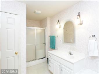 3713 Lakeview Parkway Photo #11
