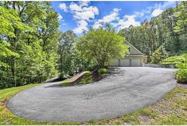 865 Laurel Ridge Road Photo #3