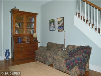 580 COLBY LN Photo #14