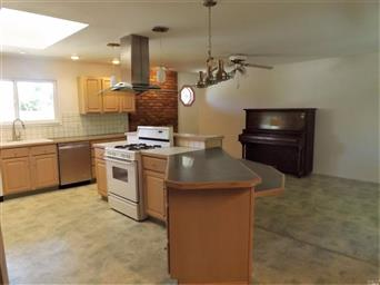 170 Foothill Court Photo #7