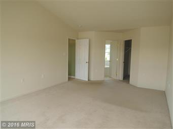 512 Larkspur Lane Photo #19
