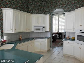 6229 Greenbriar Terrace Photo #10