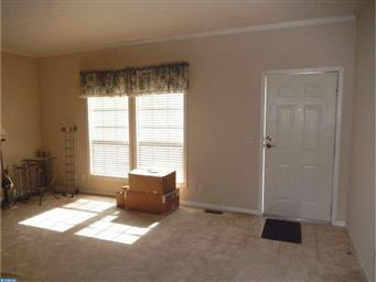 54 BUTTERCUP CT Photo #4