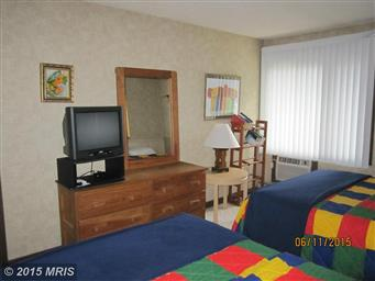 1836 FAIRWAY DR #202 Photo #13