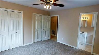 2411 Airline Drive Photo #11