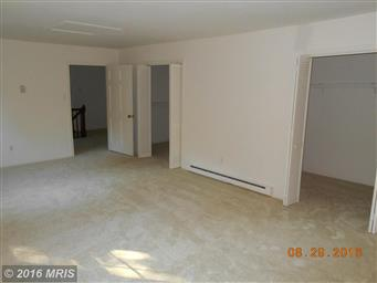180 LAUREL DR Photo #4