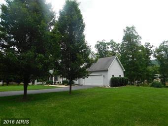 210 Oakview Lane Photo #3
