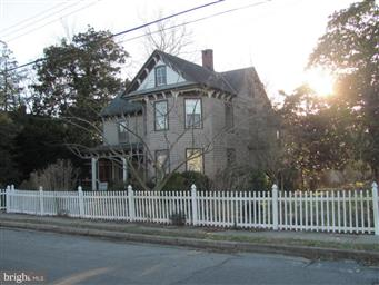 11568 Beckford Avenue Photo #1