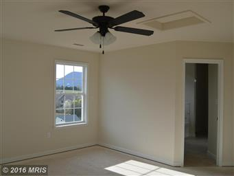 207 KANTER DR Photo #14