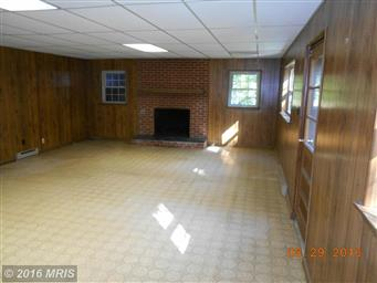 180 LAUREL DR Photo #14