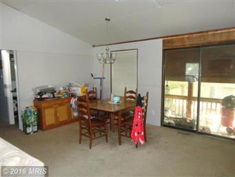 4221 Lakeview Parkway Photo #3