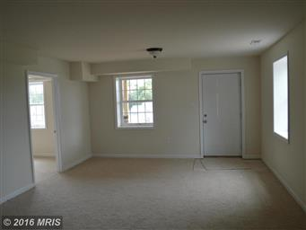 207 KANTER DR Photo #24