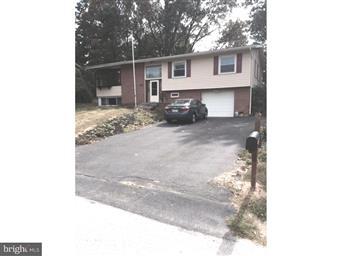 435 Longfellow Drive Photo #1