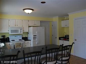 9196 Whitestone Court Photo #4