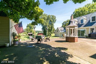 18185 Liberty Hall Photo #19