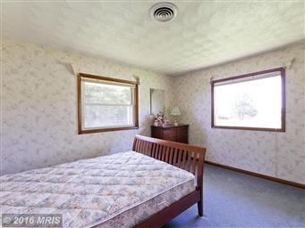 401 Reliance Lane Photo #18