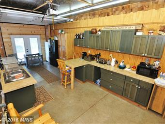 300 Waterberry Dr Photo #24