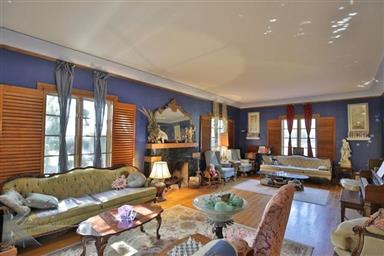 2142 Idlewild Street Photo #13
