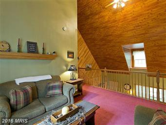 160 Country Squire Lane Photo #12