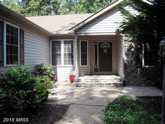 3713 Lakeview Parkway Photo #2