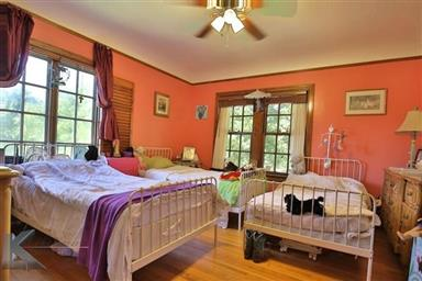 2142 Idlewild Street Photo #23