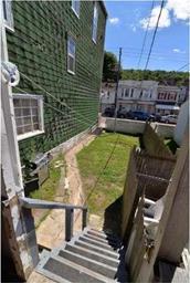 418 E Centre Street Photo #15