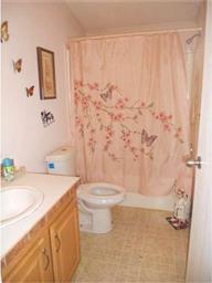 220 Persimmon Circle W Photo #21
