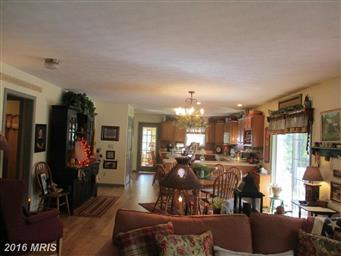 103 Skywood Court Photo #11