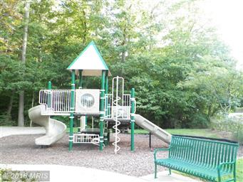 22962 Woodland Park Rd Photo #25