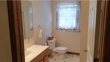 18011 HICKORY LN Photo #21