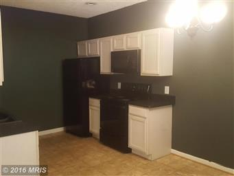 4237 Lakeview Parkway Photo #2