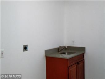 614 LAKEVIEW PKWY Photo #10