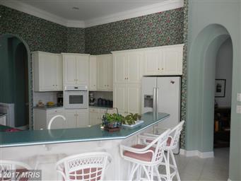 6229 Greenbriar Terrace Photo #11